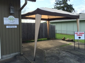 Welcome to Kara's studio.  I put a canopy here hoping people will realize they need to come here instead of my front door.